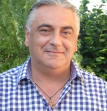 Toni Bujak